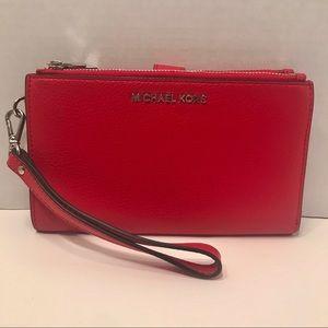 Michael Kors Adele Double Zip bright red Wristlet